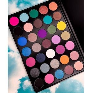 Solo Giovane Made in USA High Pigment EyeShadow